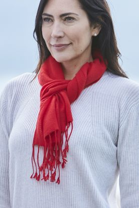 Pure Cashmere Diamond Weave Scarf in red