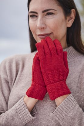Cashmere Cable Gloves in red