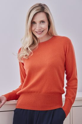 Sophie Fitted Cashmere Crew Neck in Orange