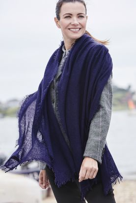 Model wears Pure Cashmere Fringed Shawl