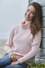 Zoe 4 ply cashmere women's chunky white sweater in pink