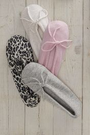 Cashmere drawstring slippers shown in the 4 styles