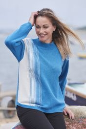Selene Pixel 4 ply turtle neck cashmere sweater in blue