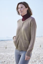 Women's 4 Ply cashmere zip up rib cardigan in brown.