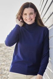 Women's Tracy 2ply roll neck cashmere sweater in blue